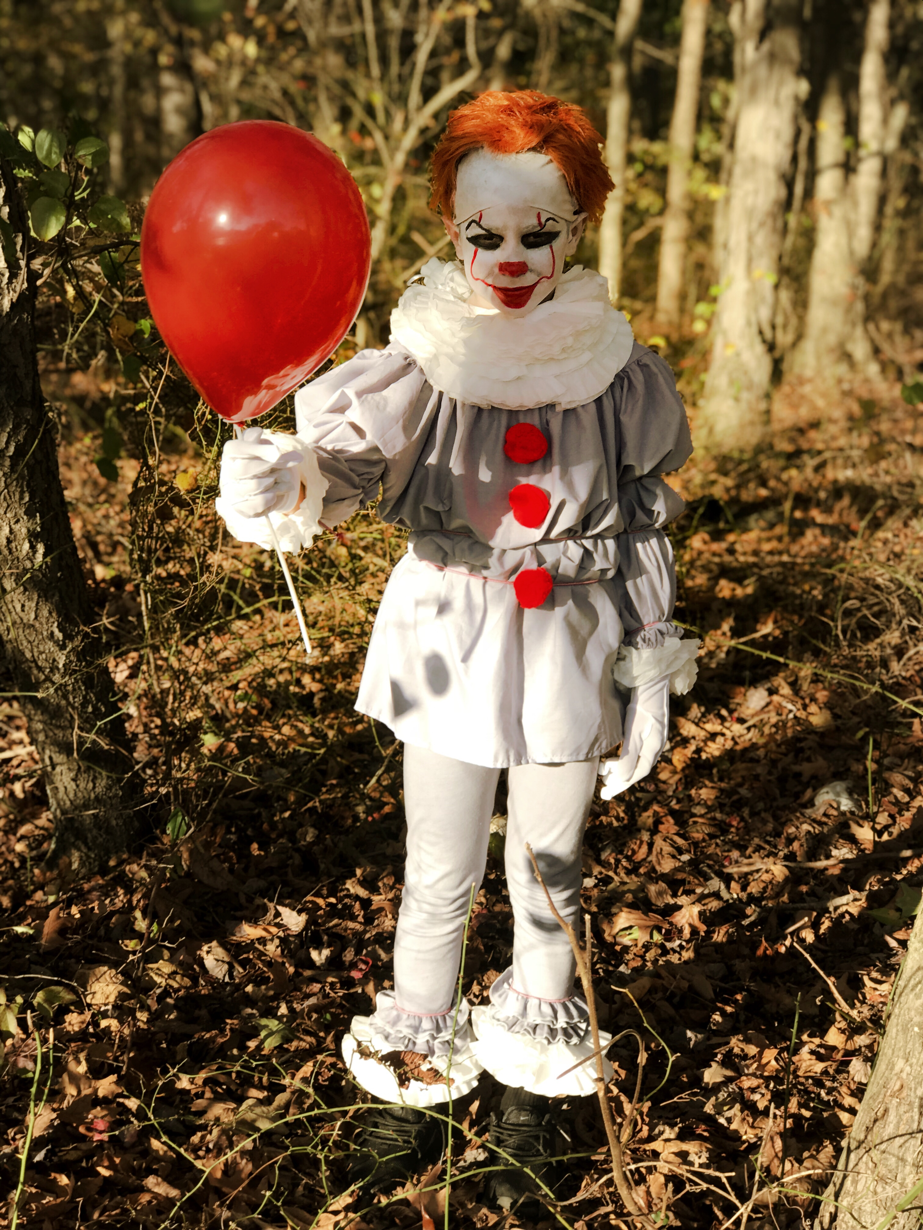 HOW TO MAKE A PENNYWISE COSTUME